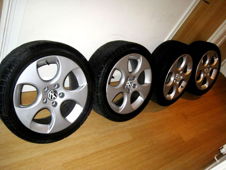 17inch genuine MK5 Golf GTI Monza alloys/tyres audi vw mercedes passat