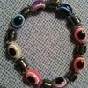 Elastic eyes bracelet