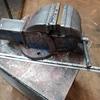 Bench vice for garage or workshops