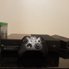 Xbox one w Controller And 2 games