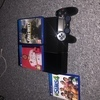 PS4 a controller and 3 games